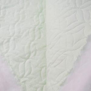 Стеганая ткань (термостёжка) салатного цвета купить в магазине ткани Tkani Amika в розницу