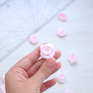 Цветы из ткани розочки