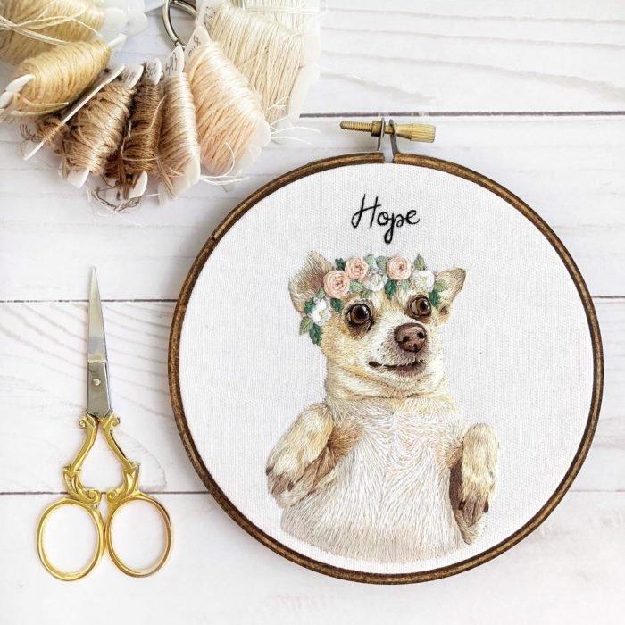 вышивка животных — работа в виде собачки
